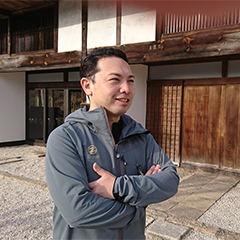 guest_image_岡部統行.png