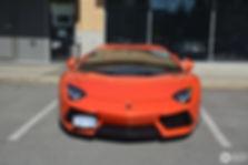 Lamborghini Aventador_front.jpg