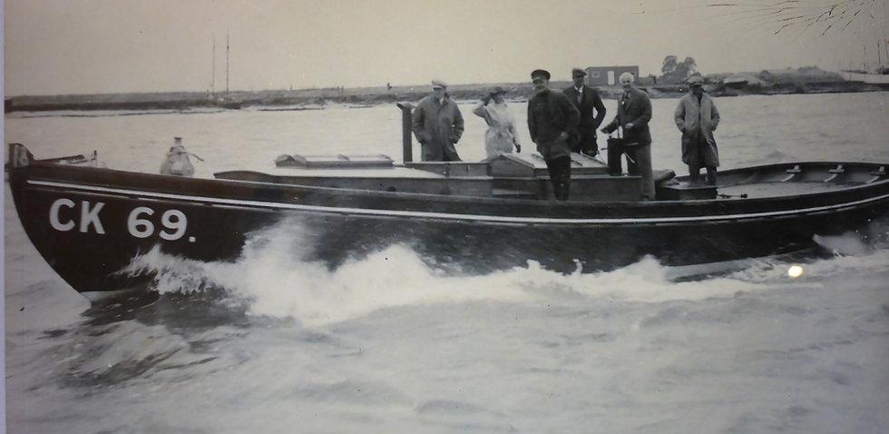 Vanguard during sea trials 1937.jpg