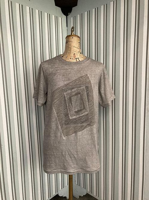 Handmade Grey T-shirt (手作りグレーTシャツ)