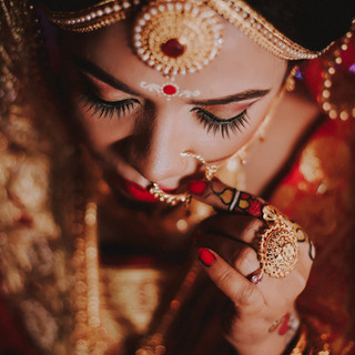 woman-wearing-traditional-jewelries-2317