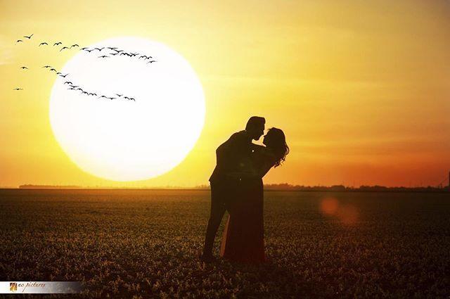 Sunset + Couple = Love ❤️.jpg