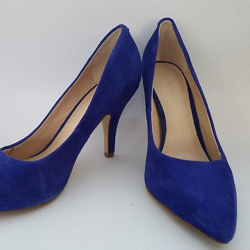 נעלי עקב כחול