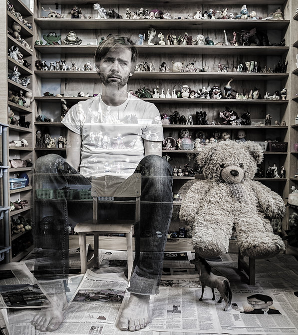 Bear with me by Zdenek Konvalina, Fina art photography, Berlin based contermporary artist, buy and collect gallery quality contemporary art online, GErman art, Czech Artists, London Artists, Ted artworks, Home office inspiration, office art,