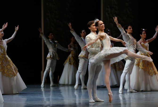 """KSENIA OVSYANICK ABOUT ""ERDE"" AND ""SLEEPING BEAUTY"" - Interview with Fabie"