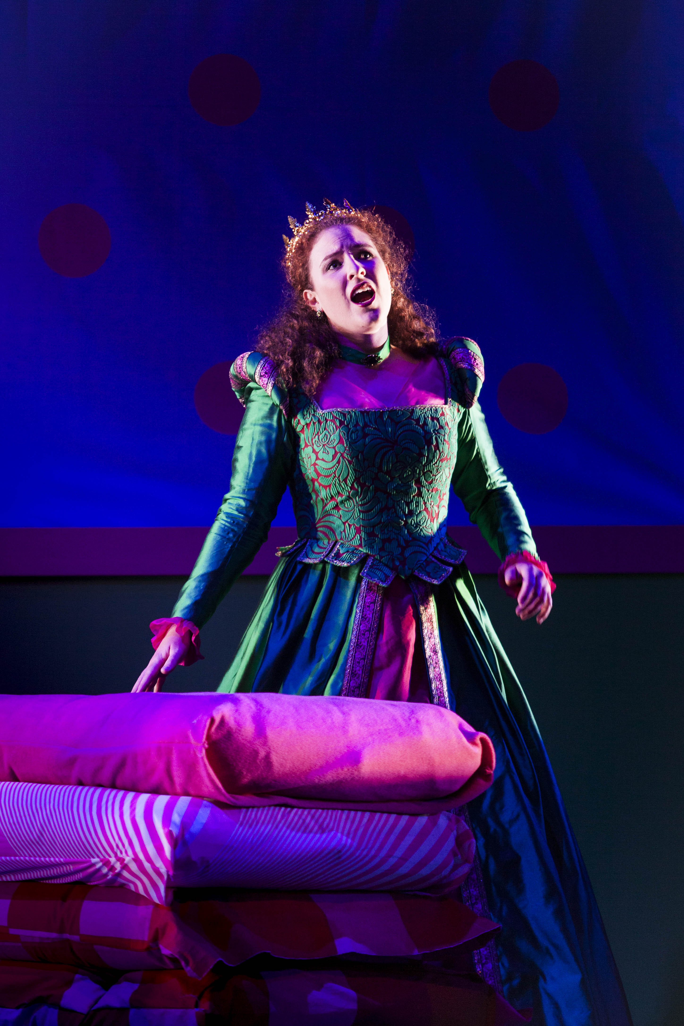 Victorian_Opera_The_Princess_and_the_Pea