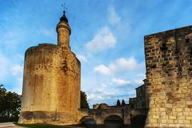 Aigues_Mortes_(tour_de_Constance_&_pont_