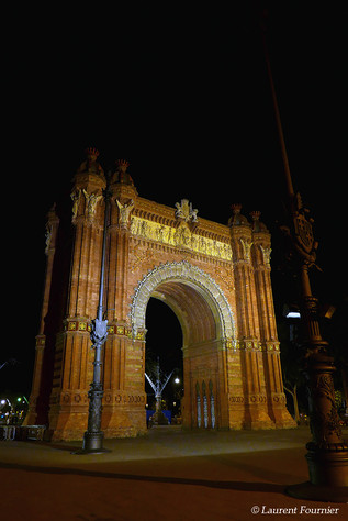 Barcelona  (Arc de Triomf).JPG