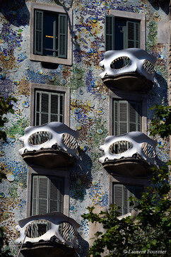 Barcelona casa Battlo (balcons masques d