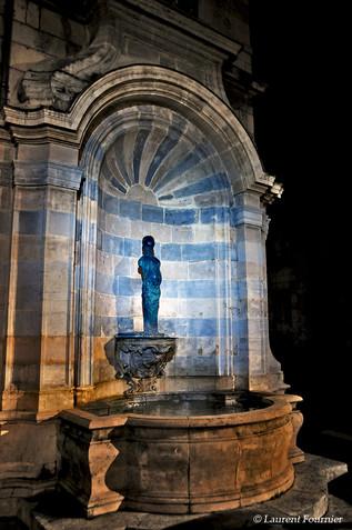 BEZAK fontaine place Victor Hugo.jpg
