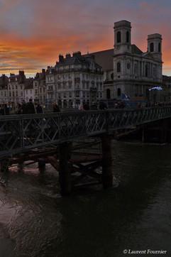 BEZAK_église_de_la_Madeleine_&_pont_Batt