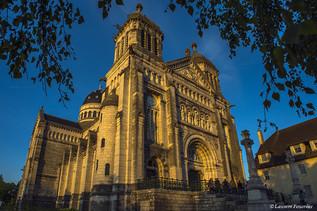 BEZAK Basilique saint-Ferjeux (couchant)