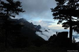 Corsica Bavella (brumes du soir).JPG
