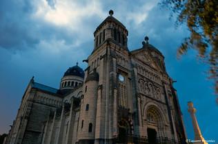 BEZAK Basilique Saint-Ferjeux (by night)