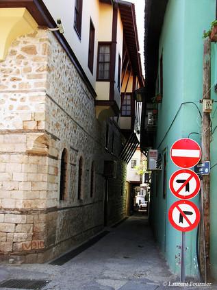 Antalya, inerdit d'interdire sinon...!-T