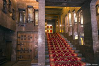Barcelona_Palau_Güell_(escaliers_d'entré