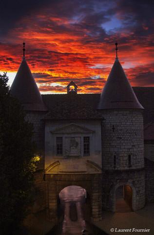 BEZAK Porte Rivotte en feu.jpg