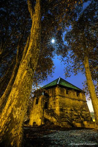 BEZAK Bastion Chamars (contre lune).JPG