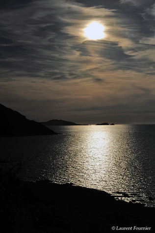 Corsica Isola Rossa (scintillements luna