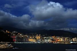 Corsica_Bastia_(vue_de_la_jetée).JPG