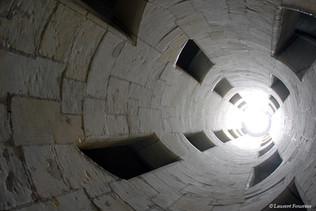 Chambord_(intérieur_de_l'escalier_double