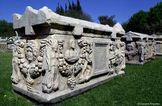 Aphrodisias, tombeaux_TK.JPG