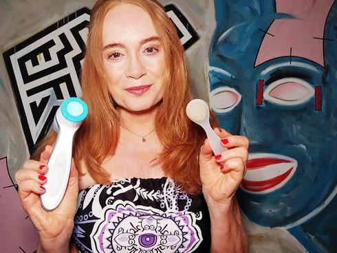 Gesichtsbürstchen oder LumiSpa?