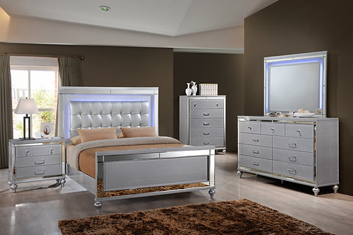 New Classic Valentino Bedroom Group