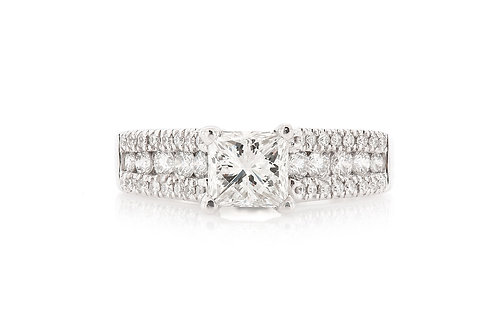 14 KT WHITE GOLD PRINCESS-CUT DIAMOND ENGAGEMENT RING