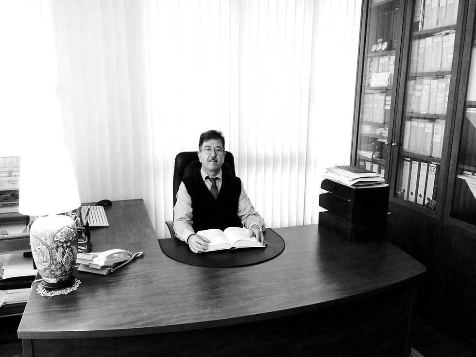 Antonio REgalón abogado