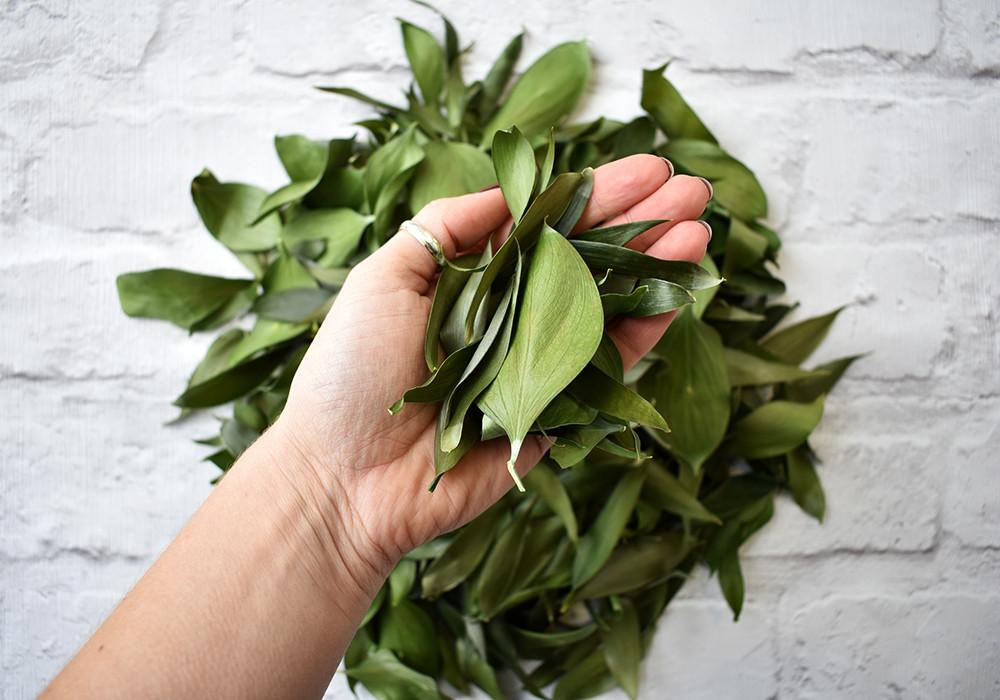 Green Leaves Confetti | Green Confetti | Leaf Confetti