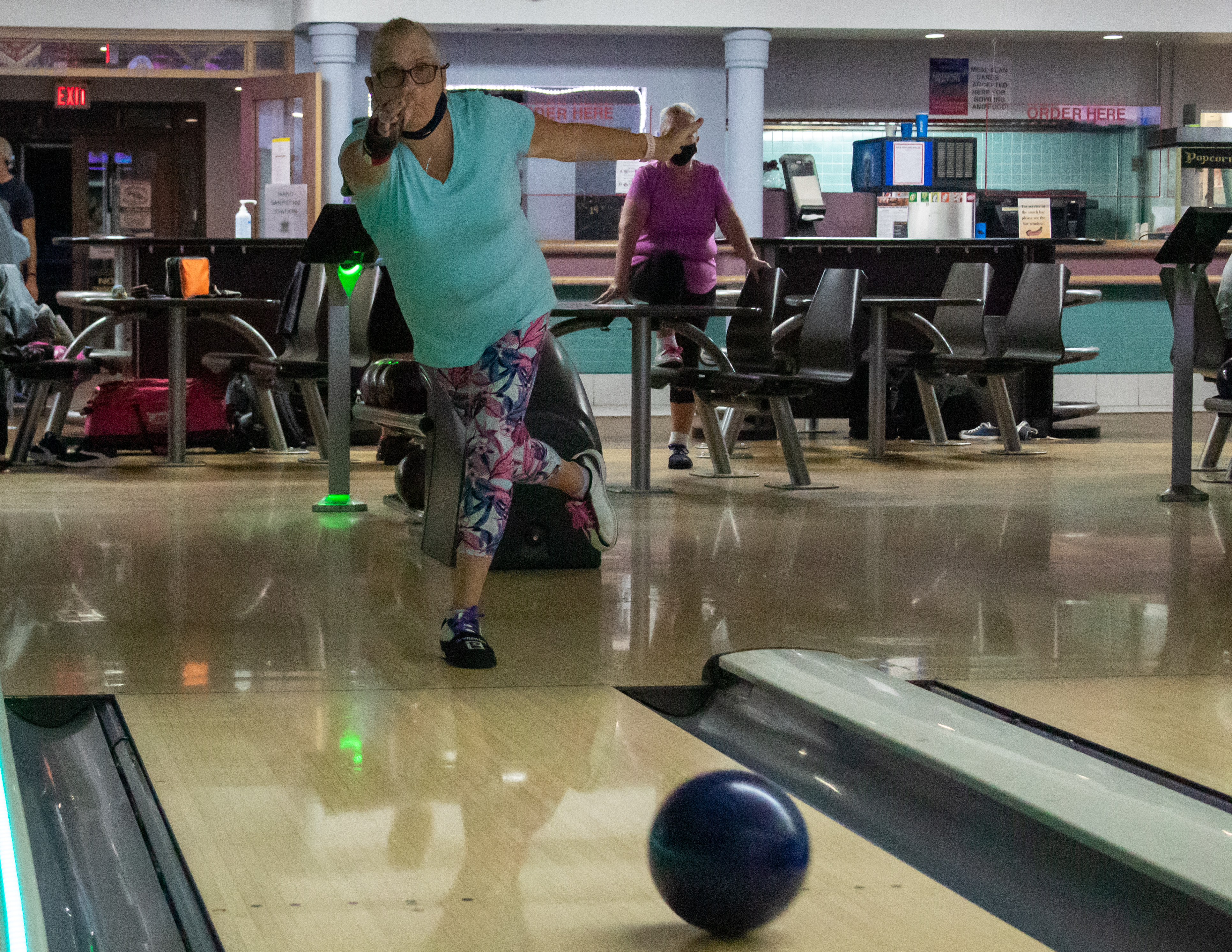 Bowling Photo (16 of 19).jpg