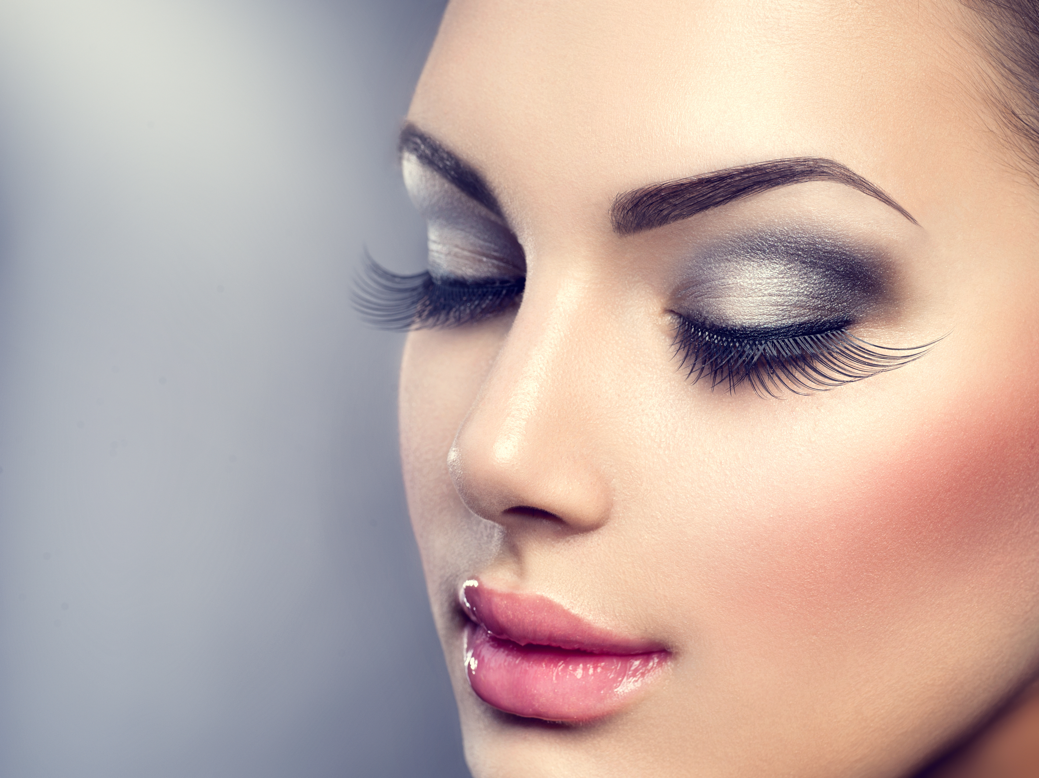 Beautiful Fashion Luxury Makeup, long ey