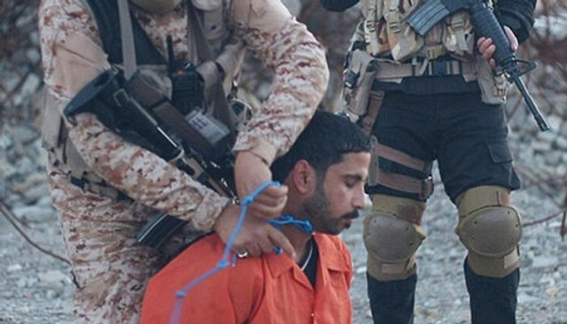"Saudi Zio-Wahhabi ISIS execute alleged ""spy"" with detonation cord"