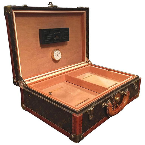 A Louis Vuitton travelling humidor