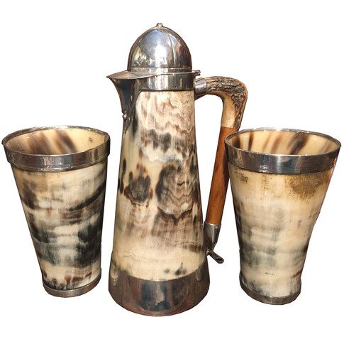 A Victorian Horse Racing themed Horn Tankard set