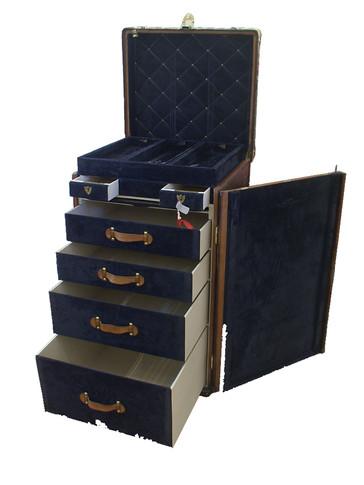 A Louis Vuitton ladies lingerie desk trunk