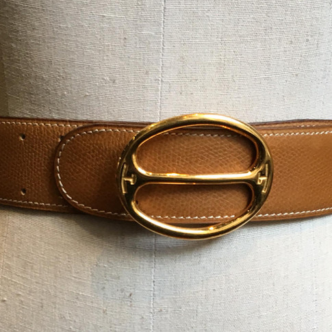 Tan with oval buckle