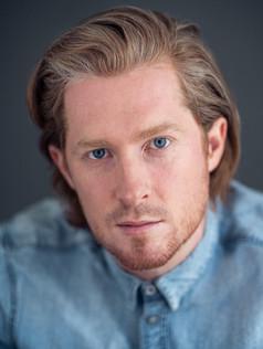 Dom Farrow : Actor