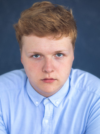 Oliver Humphries : Actor