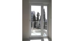 d8_balkon_kapı1
