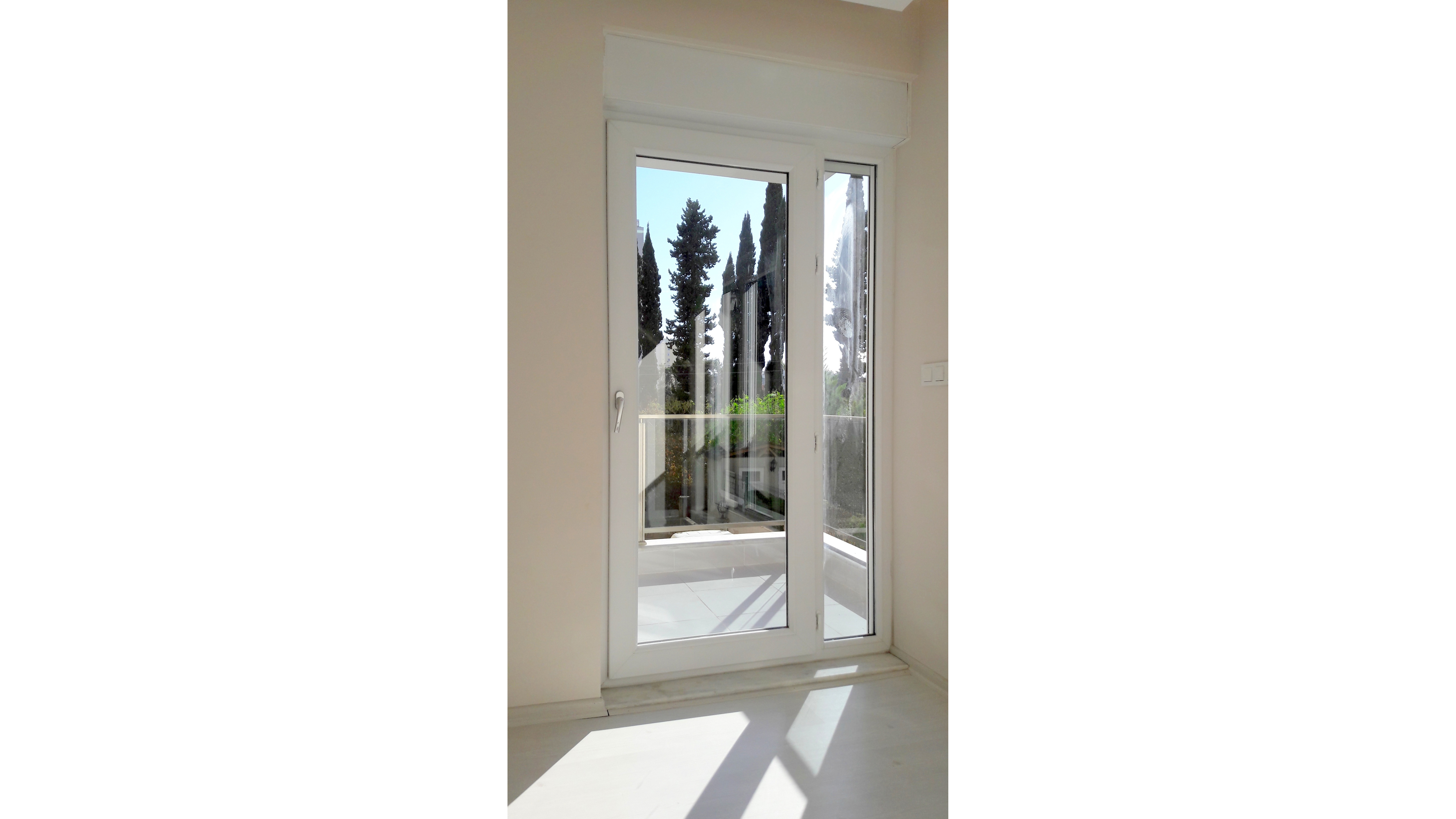d4_balkon_kapı11