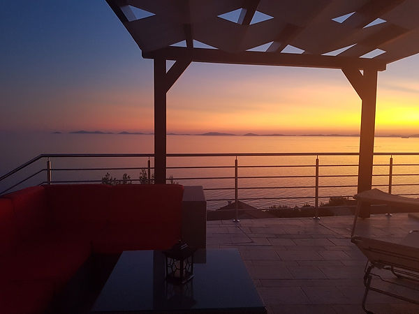 Sonnenuntergang_Slanica_Terrasse.jpg