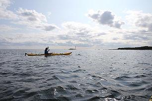 canoe-4386839_960_720.jpg