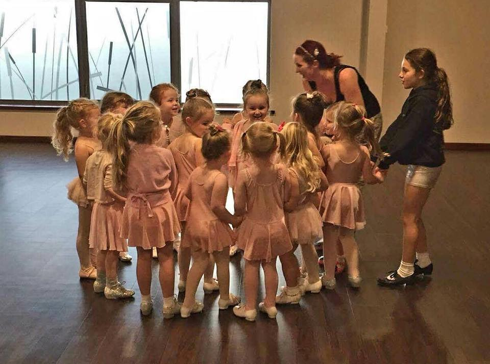 Dancing Dots Dance Classes