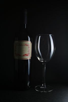 Bouteille de vin et de verre