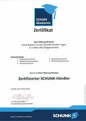 Zertifikate266x375.jpg