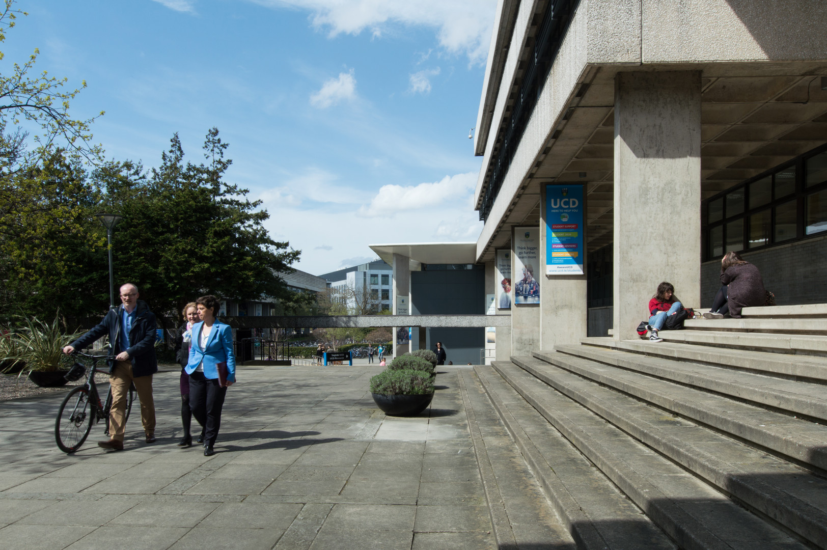 Lecturer's walking by steps to the Administration Building in UCD, Dublin
