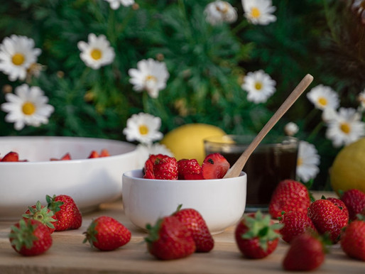 Order Strawberries Online for your cafe's new menu!
