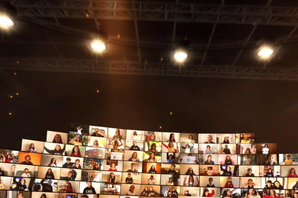 palco_alargado_bom_sucesso.jpg